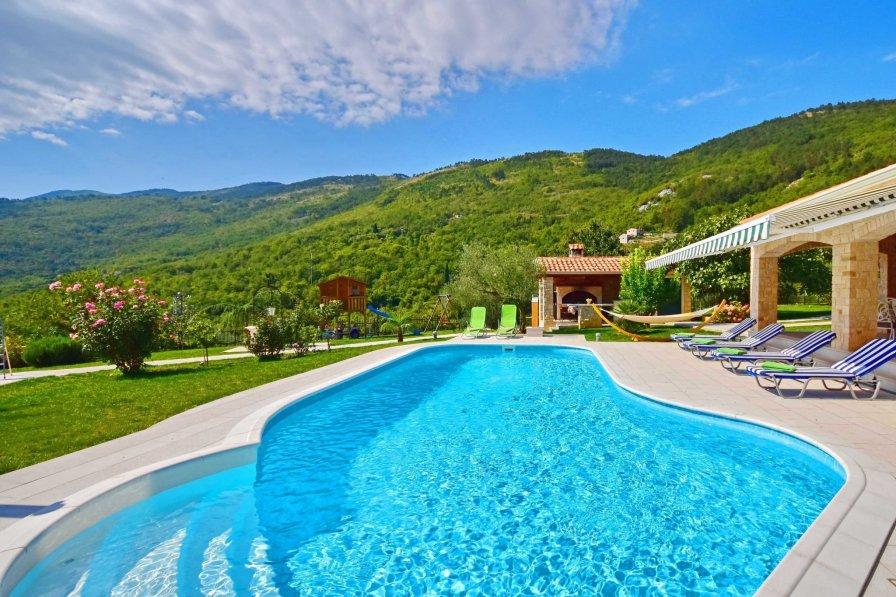 Villa in Croatia, Golovik