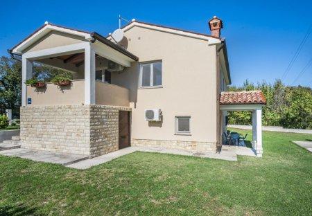 Villa in Blaškovići, Croatia