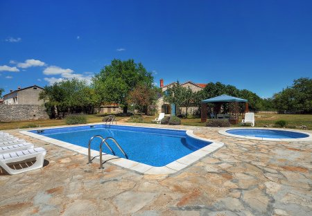 Villa in Foli, Croatia
