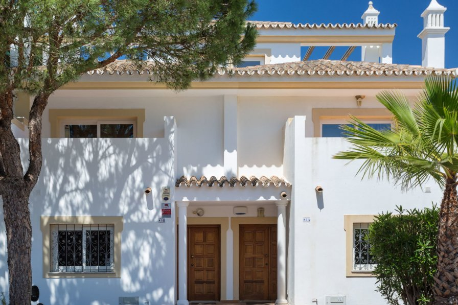 V2 Garrao 650m from the beach Loule