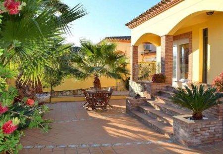 Villa in L'Escala, Spain