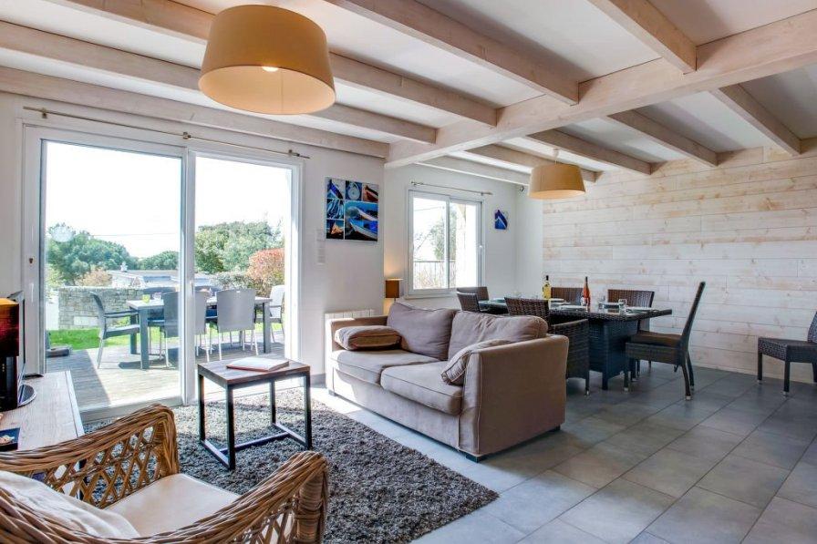 Villa in France, Agglomeration