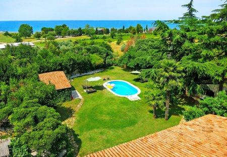 Villa in Katoro, Croatia