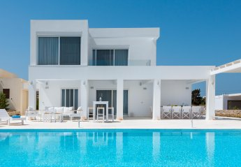 6 bedroom Villa for rent in Kolymbia