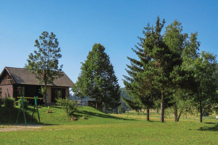 Villa in Slovenia, Velike Bloke