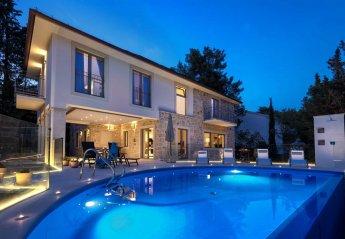 4 bedroom Villa for rent in Vrboska
