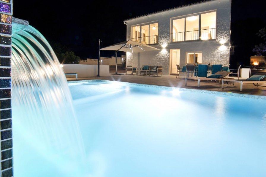 Villa In La Fustera Rent