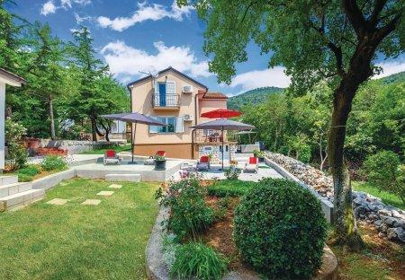 Villa in Ledenice, Croatia