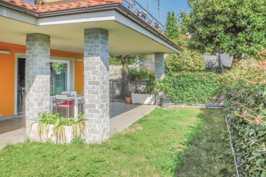 Villa in Italy, Vignone