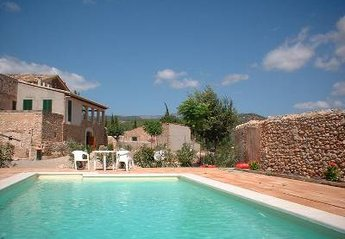 Country House in Spain, Consell: Private pool