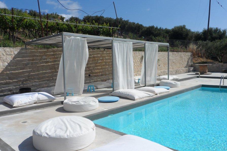 Apartment in Greece, Sarchos