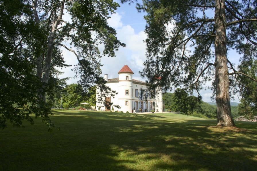 Chateau in France, Saint-Victor-Rouzaud