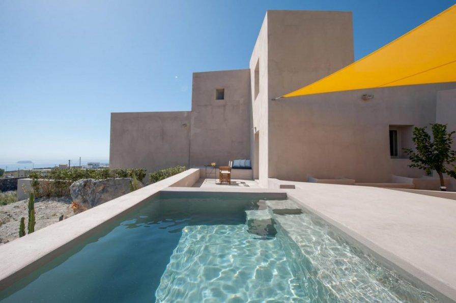 Holiday villa in Santorini