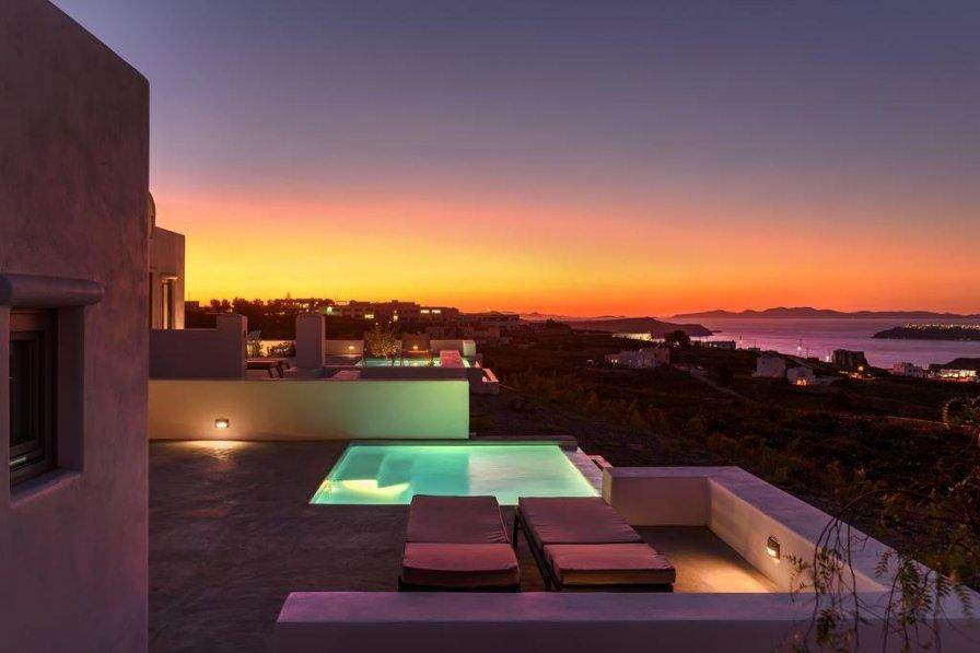Santorini villa to rent