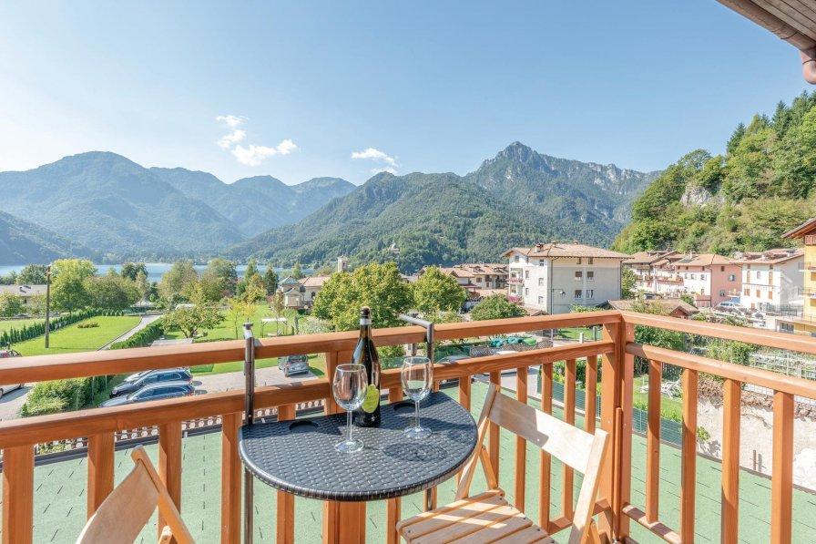 Apartment in Italy, Mezzolago
