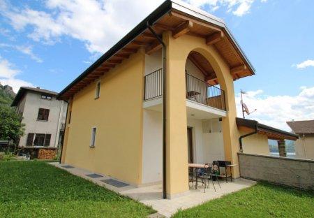 Villa in Musso, Italy