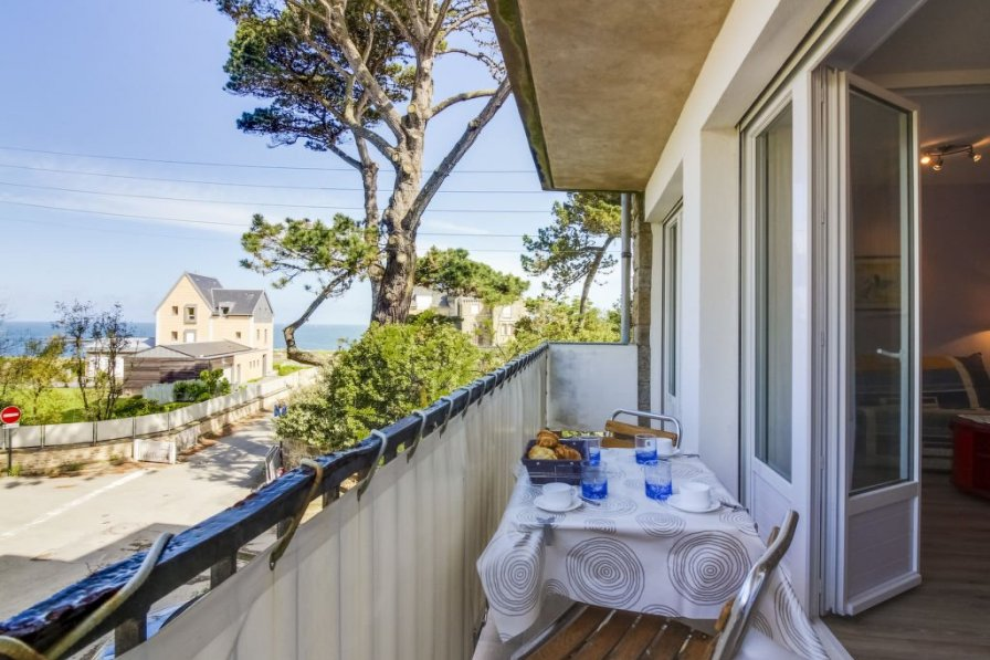 Apartment in France, Port Blanc-St Enogat La Malouine