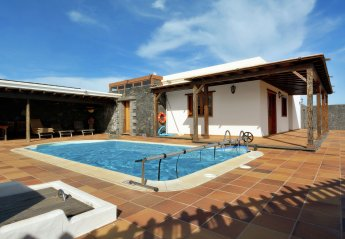 3 bedroom Villa for rent in San Bartolome