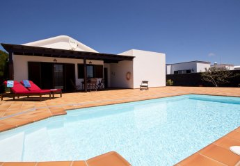2 bedroom Villa for rent in San Bartolome