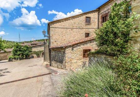 Apartment in San Sano, Italy