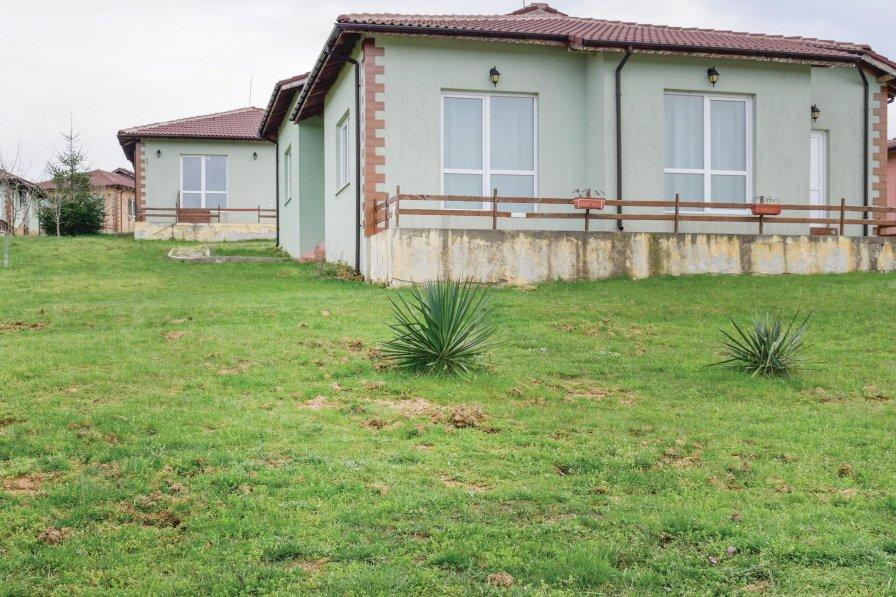 Villa to rent in Banya