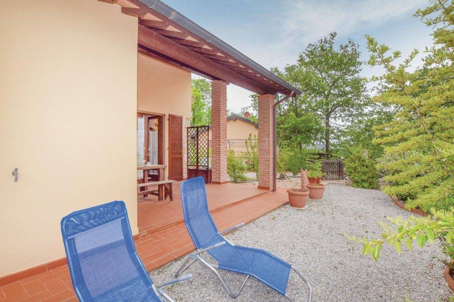 Villa in Italy, Faro del Castelluccio
