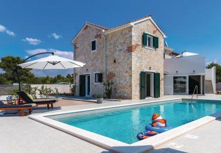 Villa in Zaton (Šibenik), Croatia