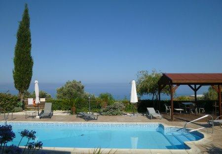 Villa in Agia Marina, Crete