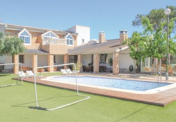 7 bedroom Villa for rent in Pilar de la Horadada