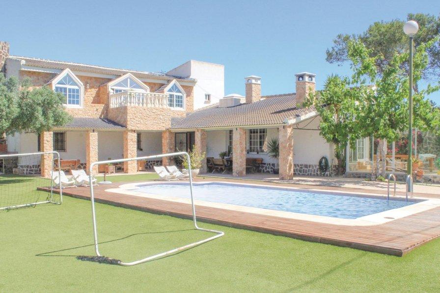 Villa to rent in Pilar de la Horadada
