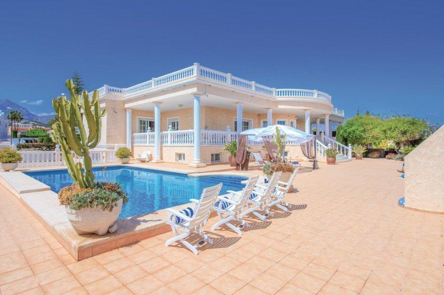 Villa in Spain, Bell Horitzó