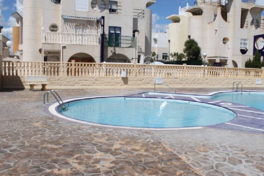 La Mata 1st Floor apartment with communal pool