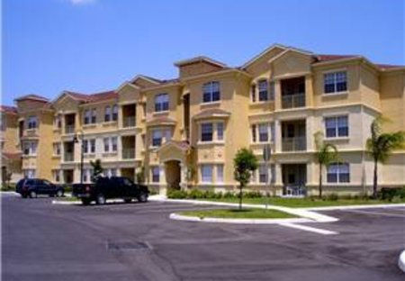 Apartment in Terrace Ridge, Florida: This is the outside and we are on ground floor