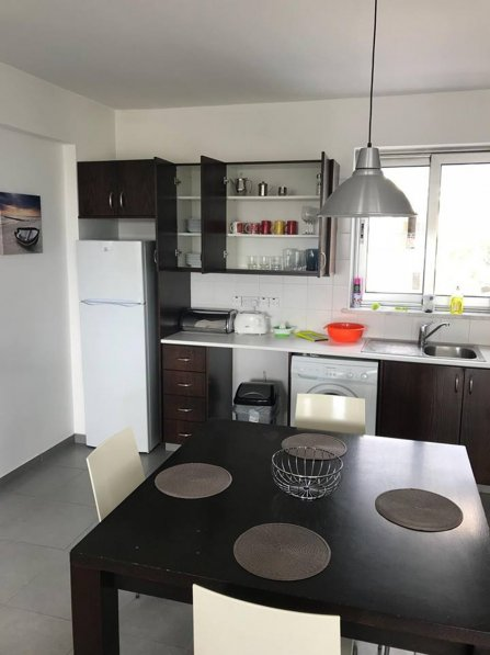 Purple Apple - Superior Two Bedroom Apartment