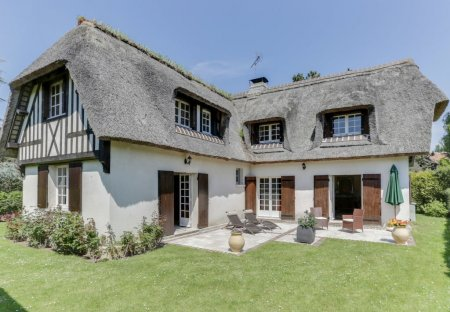 Villa in Tourgéville, France