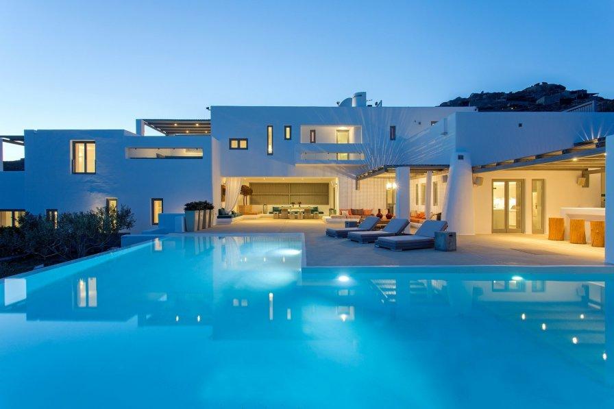 Villa in Greece, Kalafatis