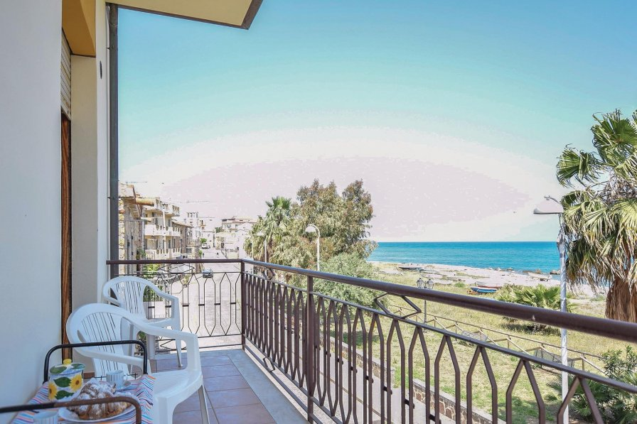 Apartment in Italy, Marina di Caronia