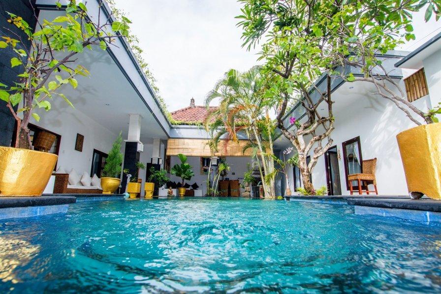 Coco 4 Bedroom Villa Nearby Beach