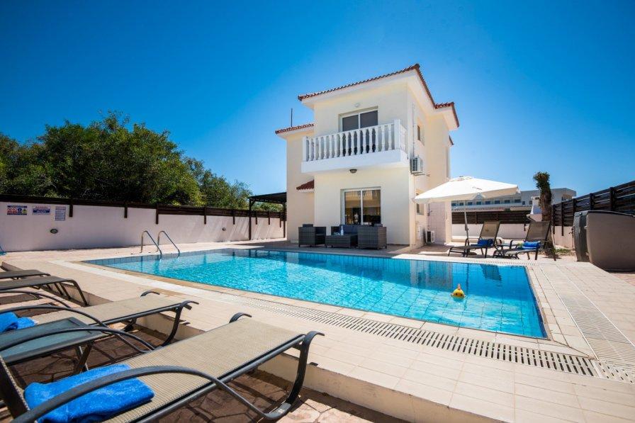 VILLA NISSI CRYSTAL - 4 bed with pool Ayia Napa - Nissi Beach