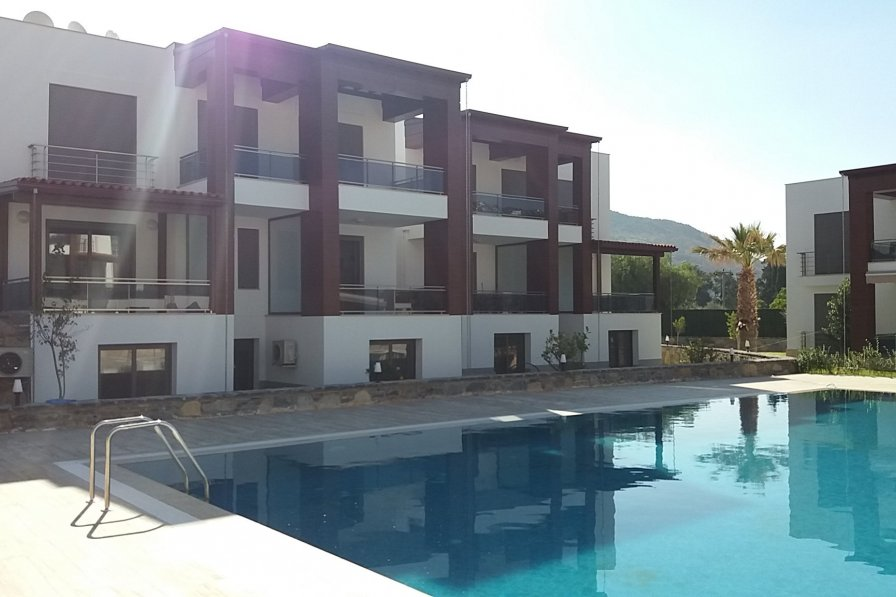 In Bodrum, summer house with pool, near the amazing beach. New!