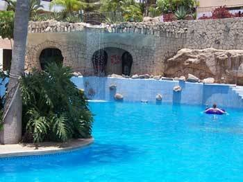 Apartment in Spain, Golf del Sur: Pool & Waterfall