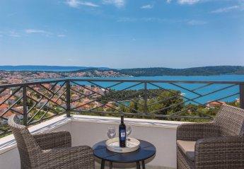 6 bedroom Villa for rent in Trogir