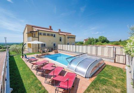 Villa in Baderna - Mompaderno, Croatia