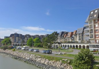 3 bedroom Apartment for rent in Cabourg