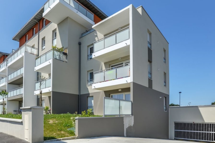 Apartment in France, Parame Est