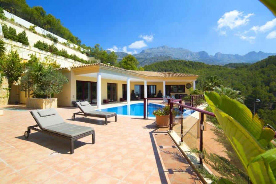 Villa in Spain, Urbanización Santa Clara