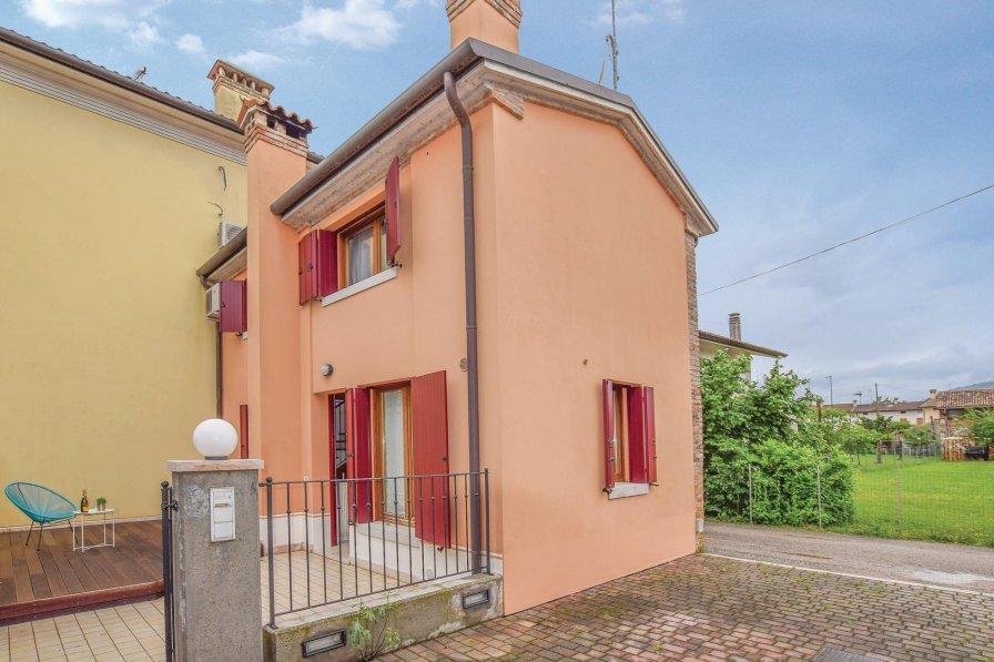 Villa in Italy, Mosnigo