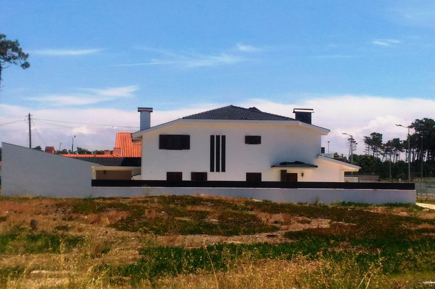 House in Portugal, Praia