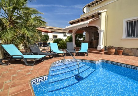 Villa in Barranquets, Spain