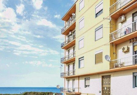 Apartment in Acquedolci, Sicily
